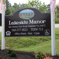 Lakeside Manor